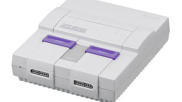 [Super Nintendo courtesy Wikimedia Commons]